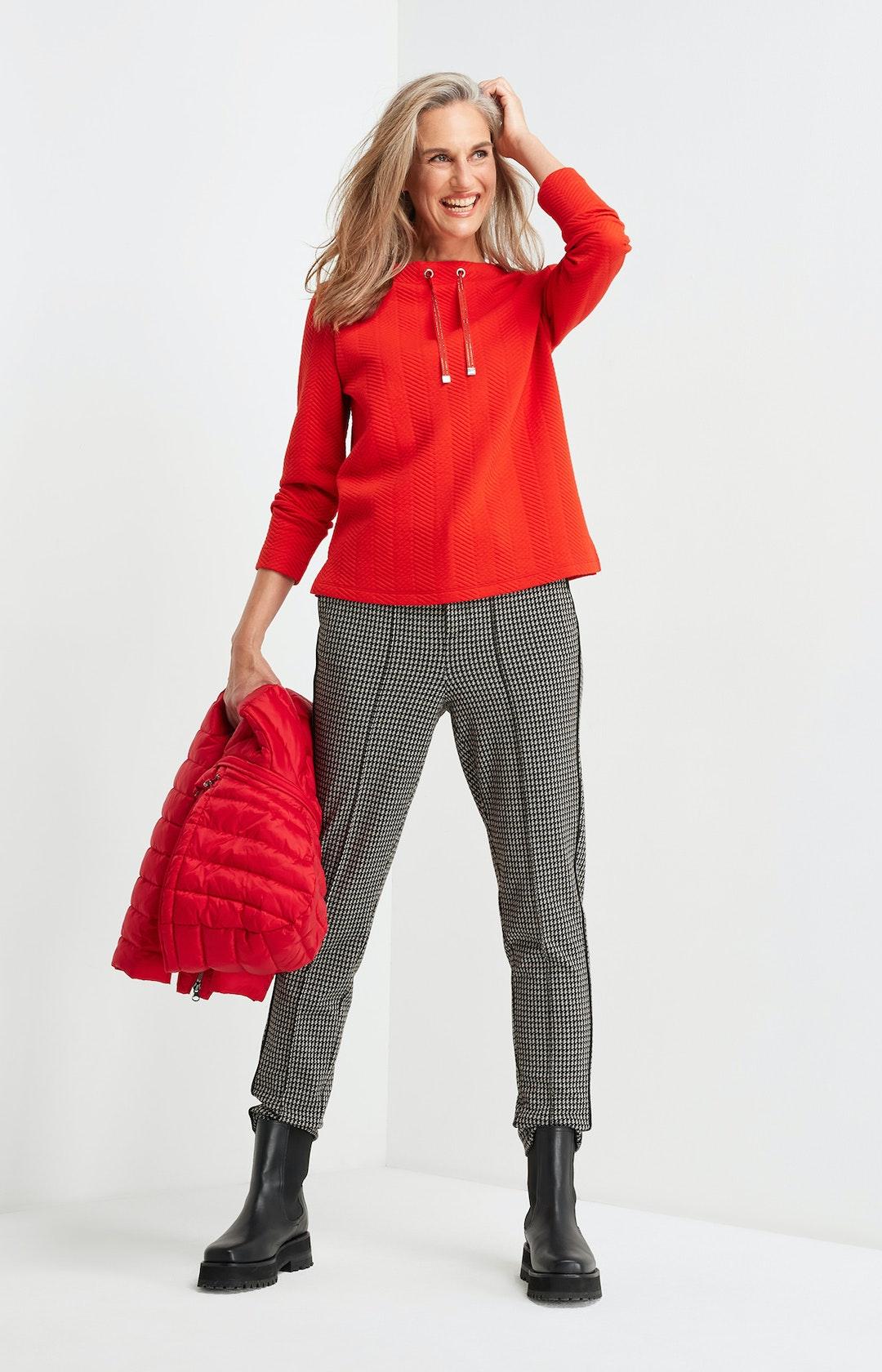 Sweatshirt mit Stehkragen in Rot