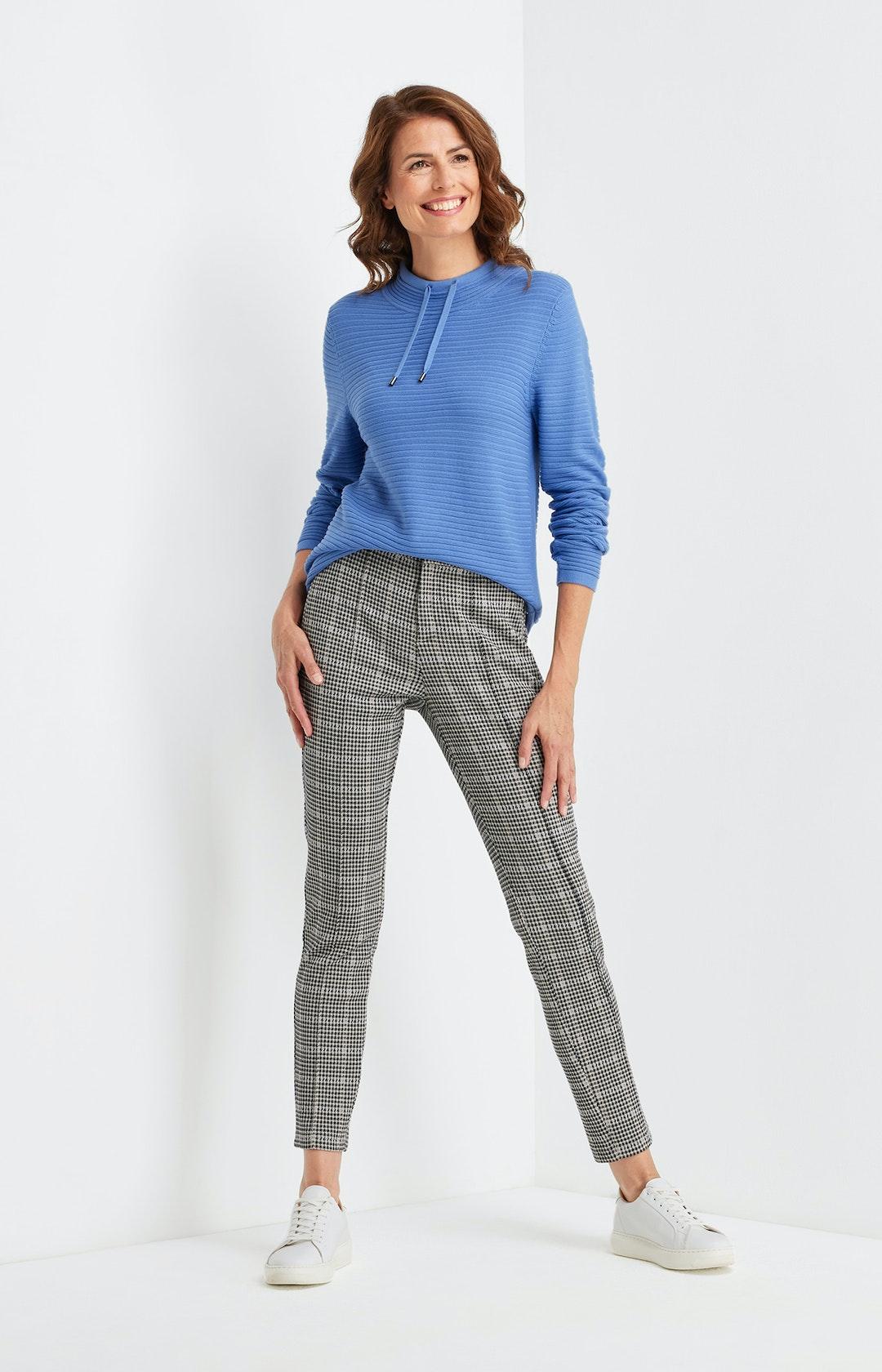 Pullover mit Streifenmuster in Blau